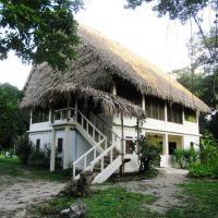 Chaab'Il B'e Lodge & Casitas, hotel in Punta Gorda