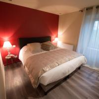 Gite De Charme Caussenard, hotel in Le Massegros
