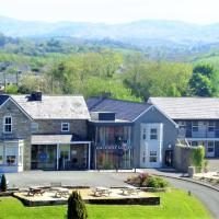 The Gateway Lodge, hotel in Donegal