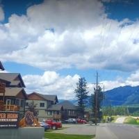 Mountain View Radium Condo - Copper Horn Village, hotel em Radium Hot Springs
