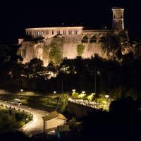 Castello Di Caccuri Suites, hotel in Caccuri