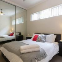 Modern Neat Convenient Apartment Close to Airport, hotel near Perth Airport - PER, Perth