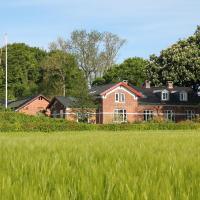 Skovlide Beautiful Farmhouse, hotel i Edslev