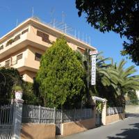 Albergo La Marinella, hotel a Varazze