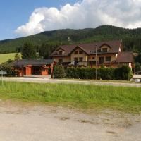 Penzion Montana, hotel in Terchová
