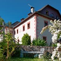 Resla Residence I, II,, hotel in Banská Štiavnica