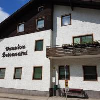 Helenental Pension & Apartments, hotel in Baden