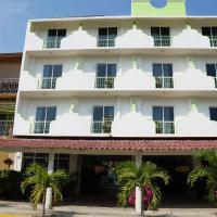 Hotel Arenas del Pacifico, hotel in Santa Cruz Huatulco