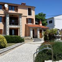 Sea view apartmant Nona,2+2, Liznjan, Croatia, hotel a Ližnjan (Lisignano)