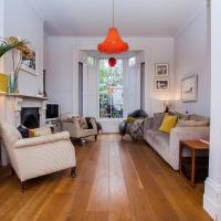 Stunning Stylish 3-Bed House in Fantastic Location