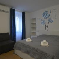 Apartments and Rooms Oliva, hotel in Cres