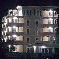 Sophy Apartments Mamaia