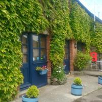 The Ivy Barn B&B, hotel in Holbeton