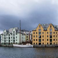 Hotel Brosundet, hotel in Ålesund