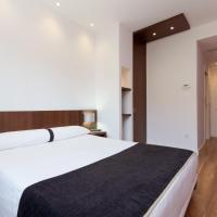 Hotel Olympia Universidades, hotel Valenciában