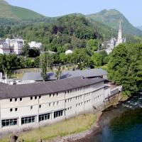 Hôtel La Source, hotel in Lourdes