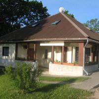 Viesnīca Viesu nams Kadiķi pilsētā Vestiena