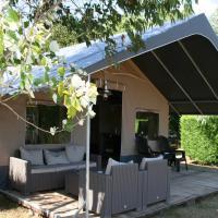 Country Camp camping de Papillon, hotel in Denekamp