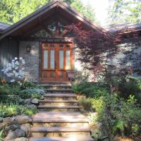 Stonekroft Guesthouse, hotel em Shawnigan Lake