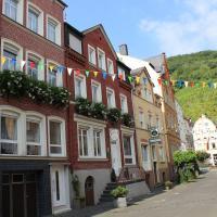 Ferienwohnungen und Appartements - Haus Budinger, hotel in Alf