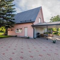 Lubja Holiday House