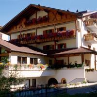Holiday House Erika, hotell i Valdidentro