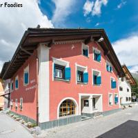 Hotel Chesa Rosatsch - Home of Food, hotel in Celerina
