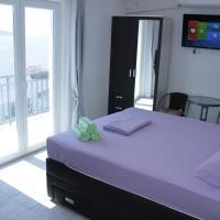 Guest House Put, hotel u Neumu