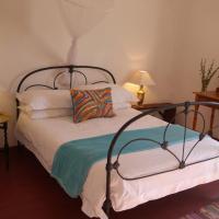 Room @ Irissa Sanctuary, hotel in De Rust