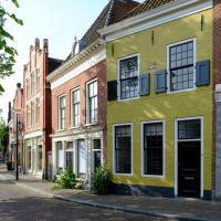 Huisje aan de gracht, hotel in Franeker