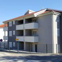 Apartments Crnekovic 8A