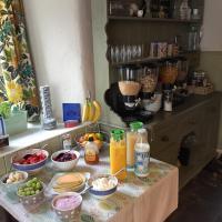 Hawthorn Farm Guest House, hotel in Buxton