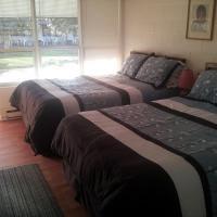 Capricorn Motel Royale 1000 Islands, hotel em Lansdowne
