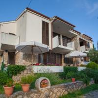 Apartments Ljubo & Lili, hotel in Cres