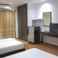 Field Town Apartment, hotel in Nakhon Nayok