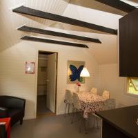 Husodde Strand Camping & Cottages, hotel i Horsens