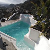 Vilna House with private pool, jacuzzi and garden -Optional pool and jacuzzi heating