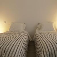 Guesthouse 2396, hotel em Monção