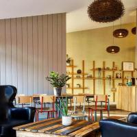 HALT HOTEL - Choisissez l'Hôtellerie Indépendante, hotel in Lattes