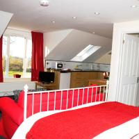 Holly Hill Apartments, hotel in Southampton