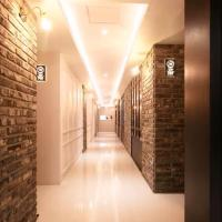 Vins 70 Hotel, hotel near Gimhae International Airport - PUS, Busan