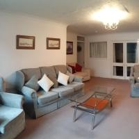 Clarence Road Apartment, hotel in Gosport