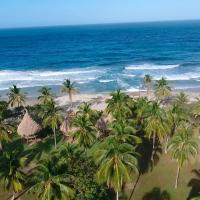 Playa Brava Teyumakke, hotel en Calabazo