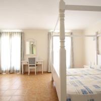 Hostal HPC Porto Colom, hotel in Portocolom