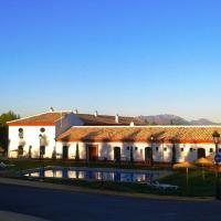 Complejo Pueblo Blanco, hotel in Olvera