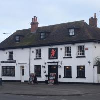 The Red Lion, hotel in Hythe