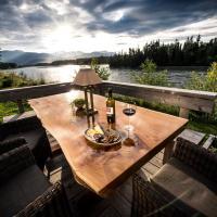 Skeena River House Bed & Breakfast, hotel in Terrace