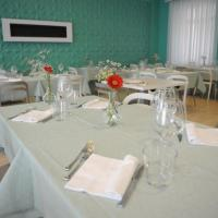 GG8 Restaurant & Hotel, hotel em Gualdo Tadino