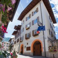 Garni Castel Ferari, hotel in Tuenno