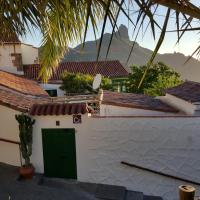 Casa Santana Segura, hotel in Tejeda